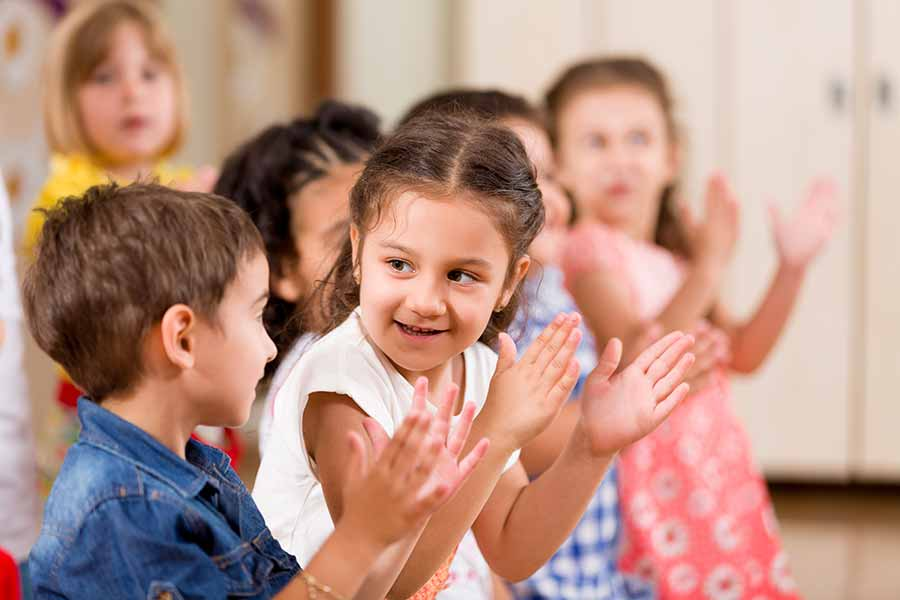Kids Clapping- Wolf Pediatric Therapy Services of Barry County | Cassville, MO